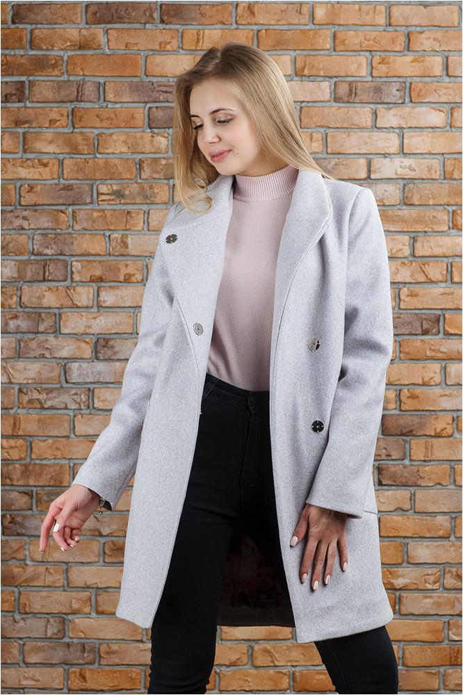 Весеннее вязаное пальто